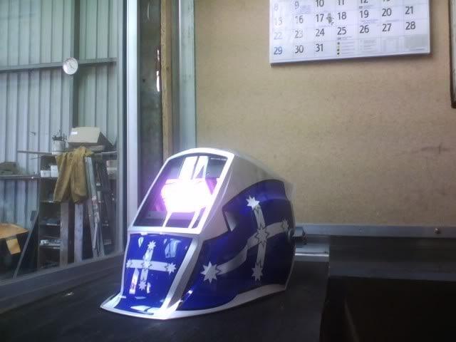 welding hood by wello