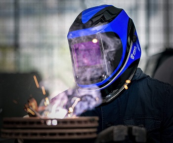 A good welding helmet for beginners
