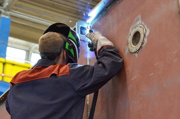 onboard ship welder