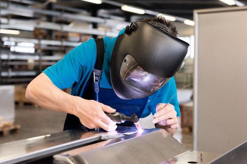 welding helmet safety