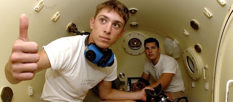 Diver_Medical_Technician