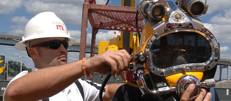 Diving_Helmet