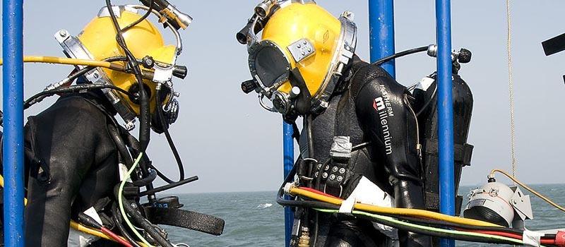Diving_Tender