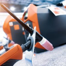 DC-and-AC-power-sources-for-welding_Dizfoto_shutterstock
