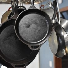 cast iron kitchen-pixabay