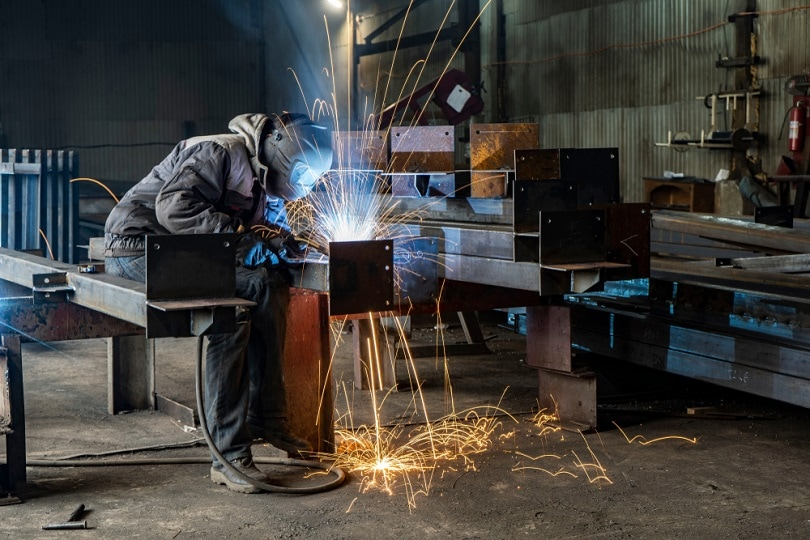 sparks-by-Process-fluxed-cored-arc-welding_Suvorov_Alex_shutterstock