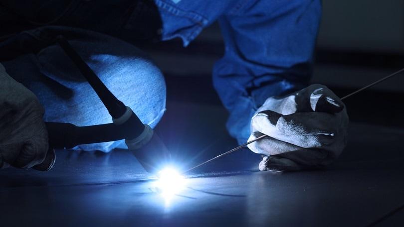 Welding-with-sparks-by-Process-TIG_YAKISTUDIO_Shutterstock