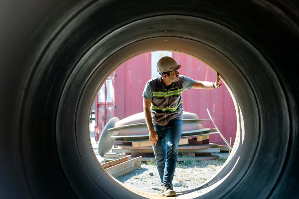 inspecting steel welded manufactures