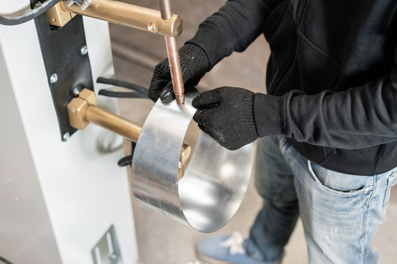 spot-welding-process_Fusionstudio_shutterstock