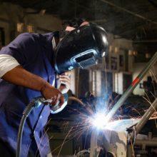 welder who does spot welding