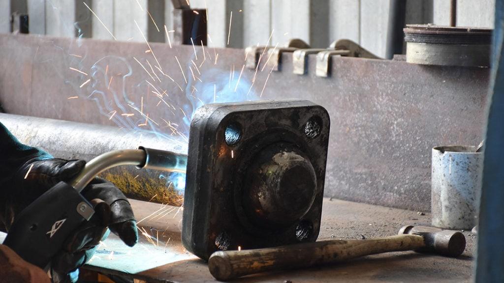 peening metal